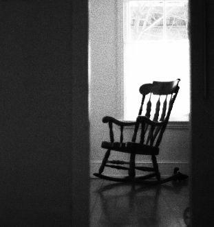 椅子 余裕 透明人間