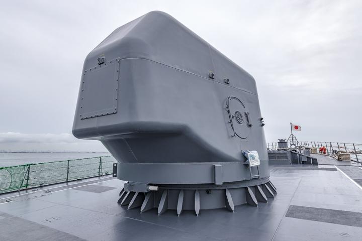 たかなみ型護衛艦 DD110 たかなみ 54口径127ミリ単装速射砲