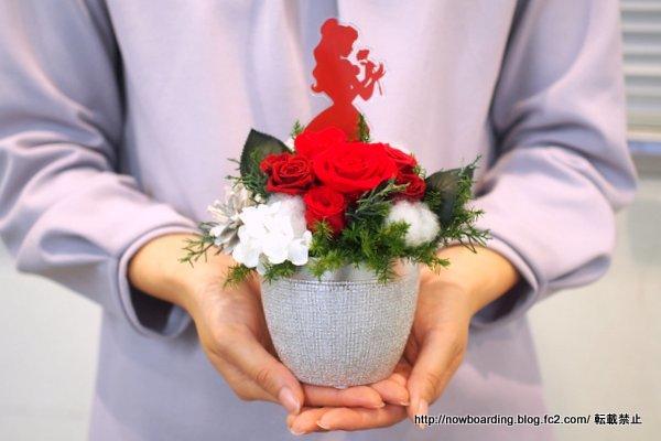 クリスマス ディズニー プリザーブドアレンジメント「Winter Rose」(ディズニー映画 『美女と野獣』より