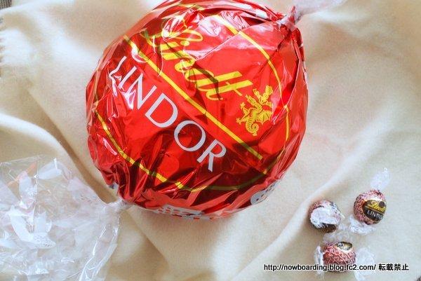 リンドールミルクマキシボール クリスマス