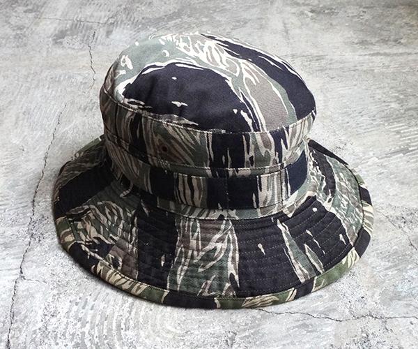 hat_1712tds01.jpg