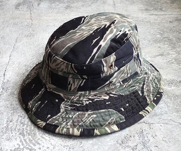 hat_1712tds02.jpg