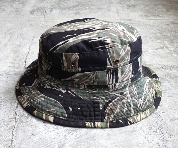 hat_1712tds06.jpg
