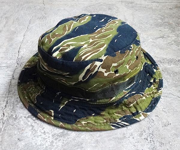 hat_1712tgr02.jpg