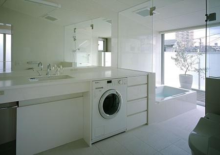 1353406123洗面浴室1
