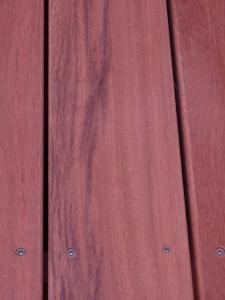 ウリン材を利用したウッドデッキ :エクステリア横浜(神奈川県・東京都の外構工事専門店)