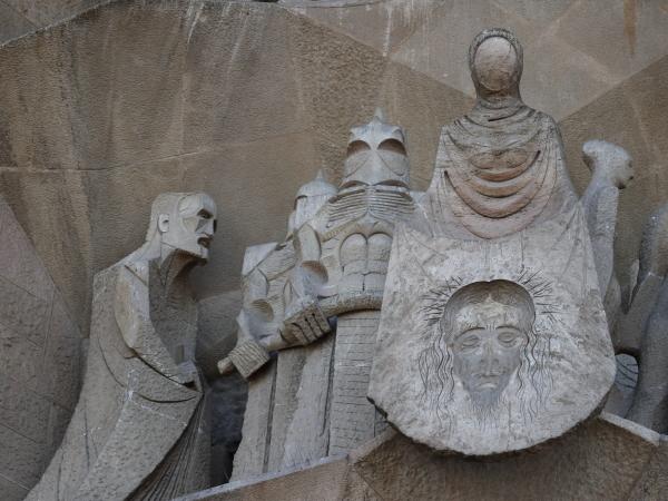 受難のファザード彫刻3