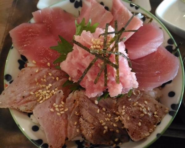 FushimiMomoyamaMaguroGarage_007_org.jpg