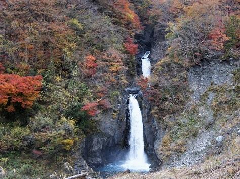 17-11-30赤水の滝