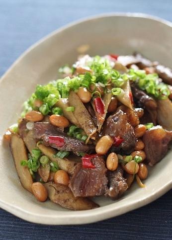 牛すじと大豆と牛蒡炒め2