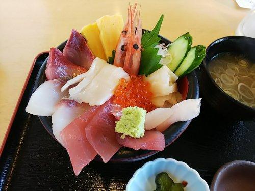 4名立海鮮丼