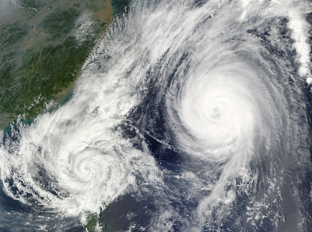 hurricane-67581_640.jpg