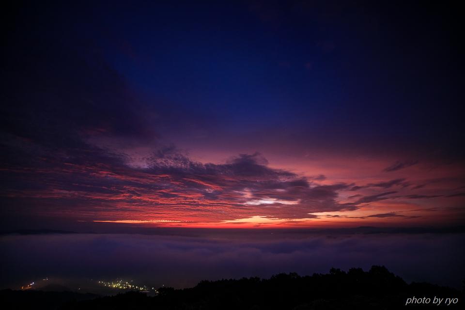 焼けた雲の朝に_1