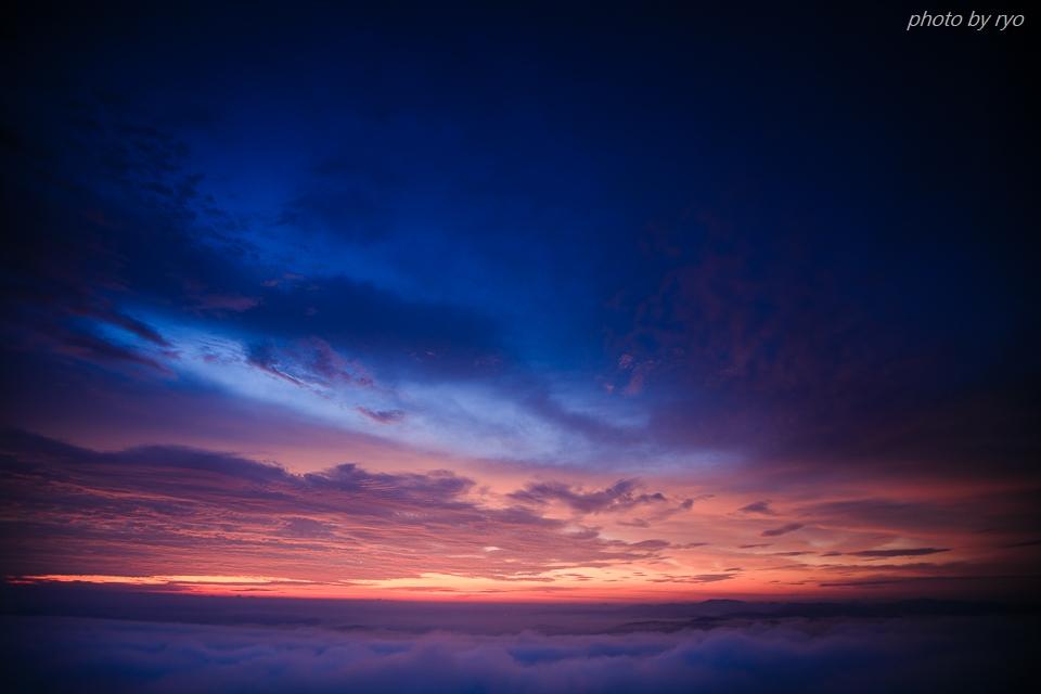 焼けた雲の朝に_2