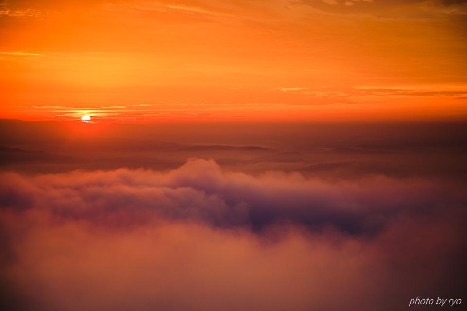 焼けた雲の朝に_5