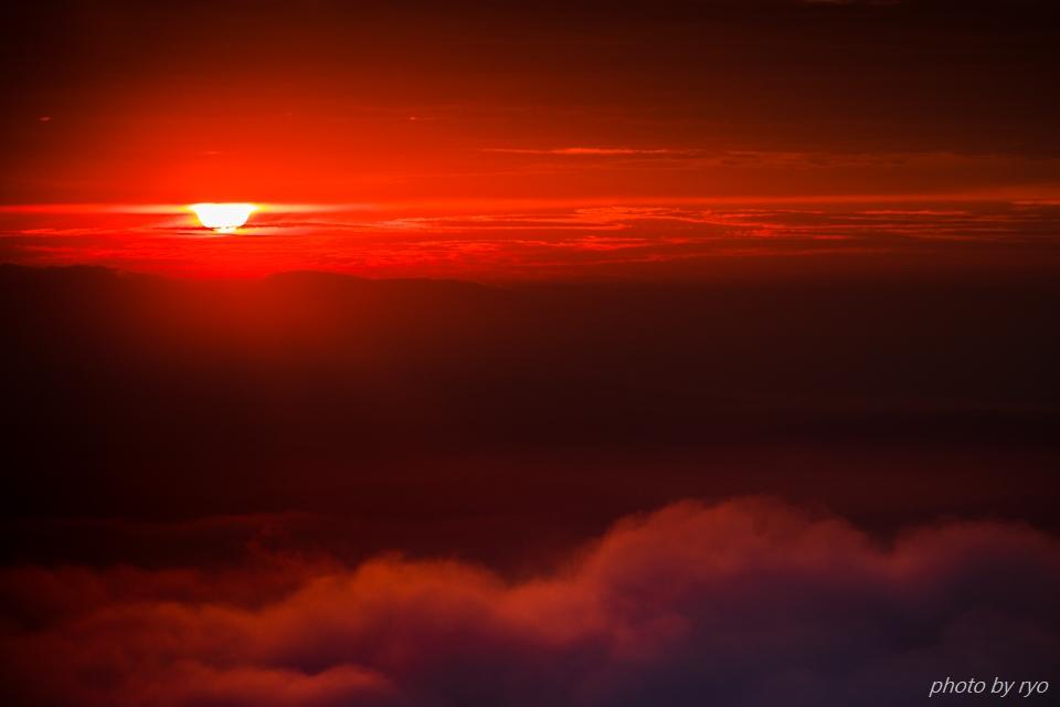 焼けた雲の朝に_6