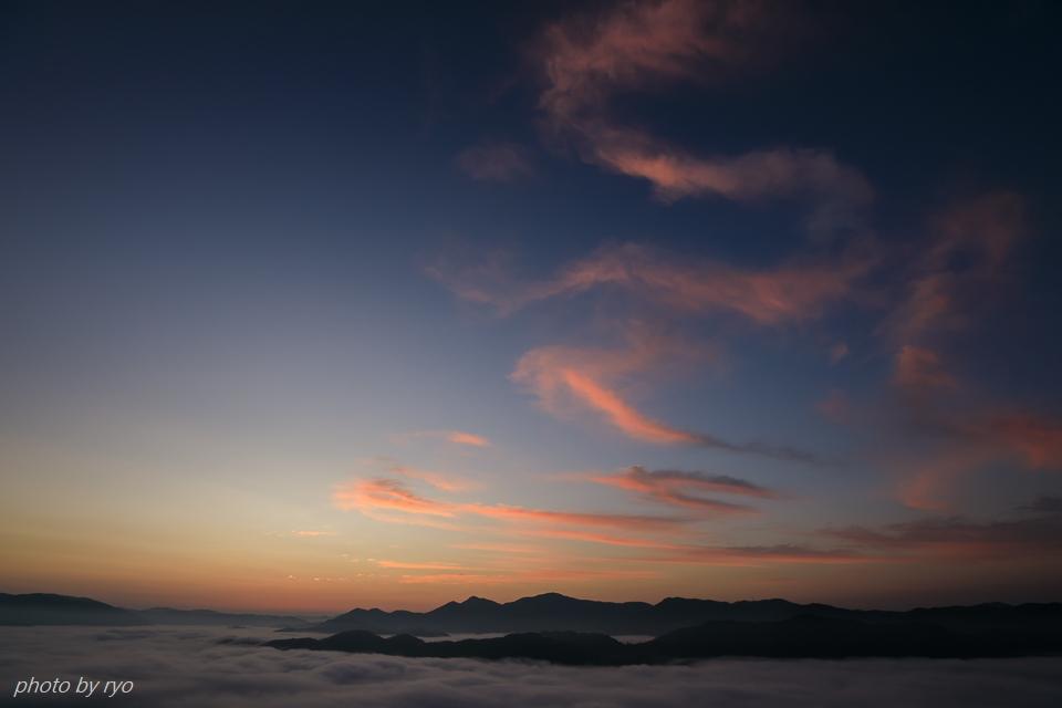 三日月と水星と火星と朝焼けの雲_5