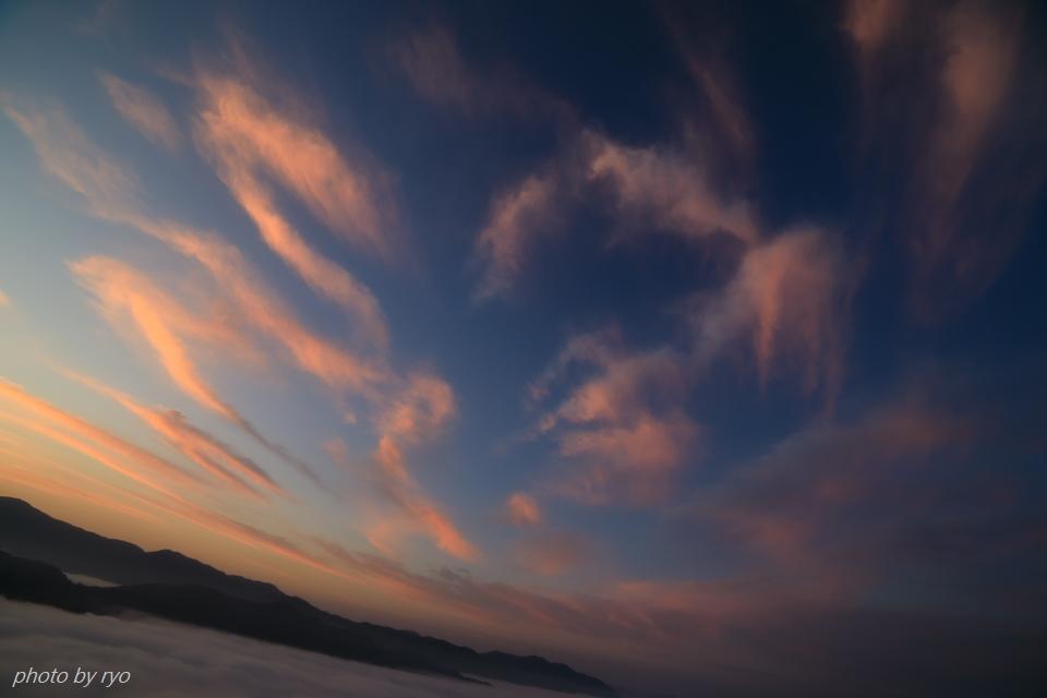 三日月と水星と火星と朝焼けの雲_6