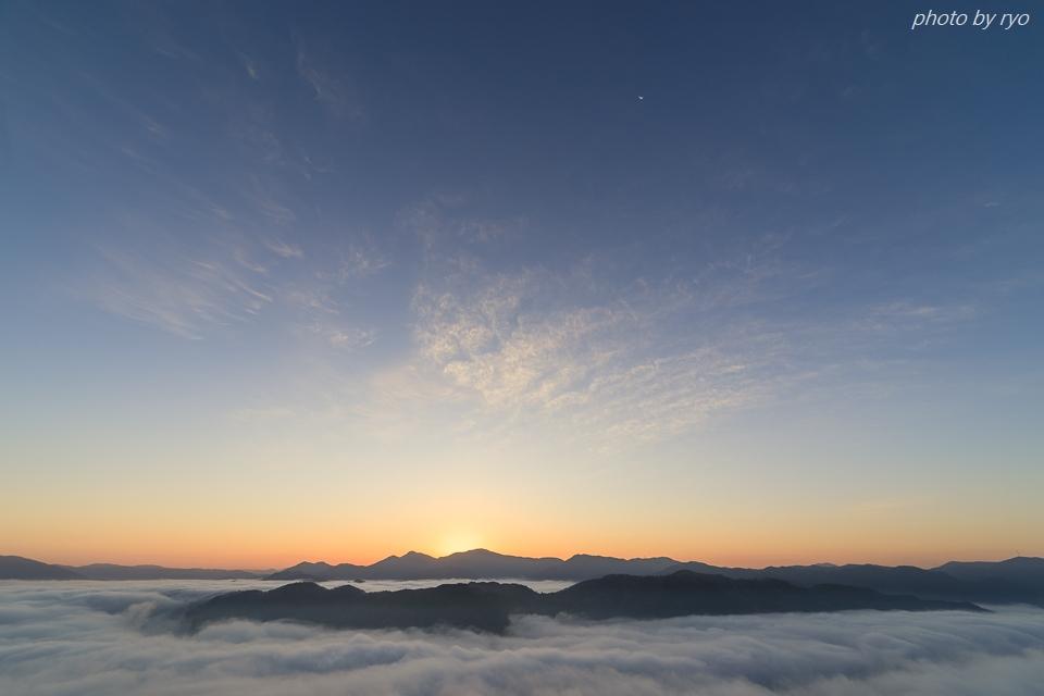 たなびく霧の朝_2