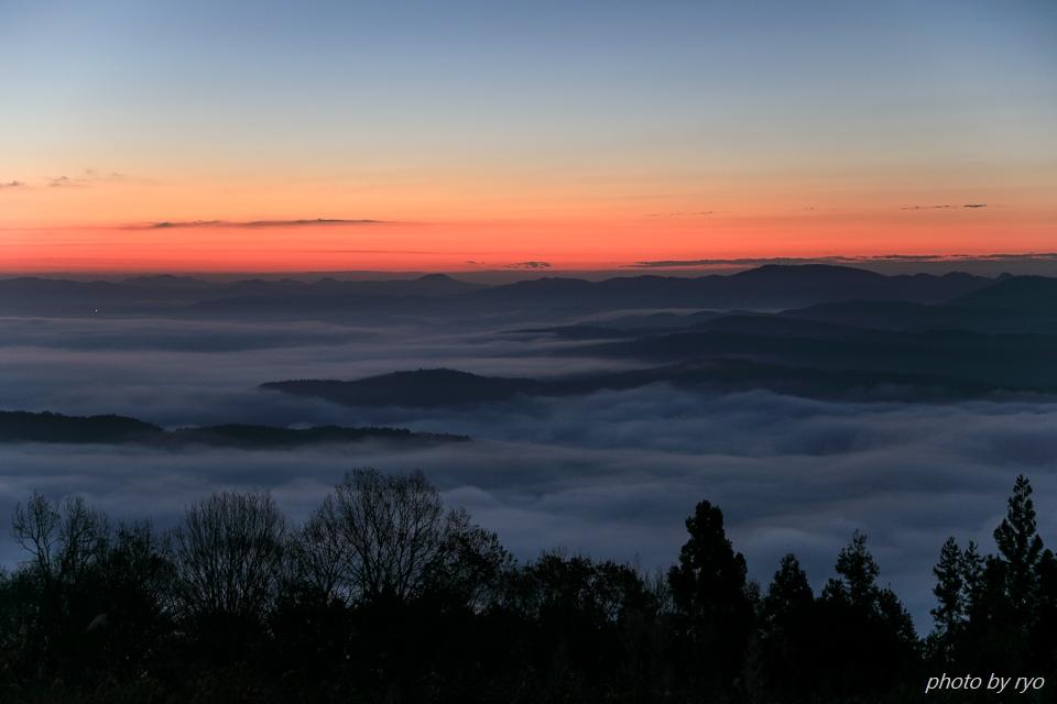 霧の低い朝に_1