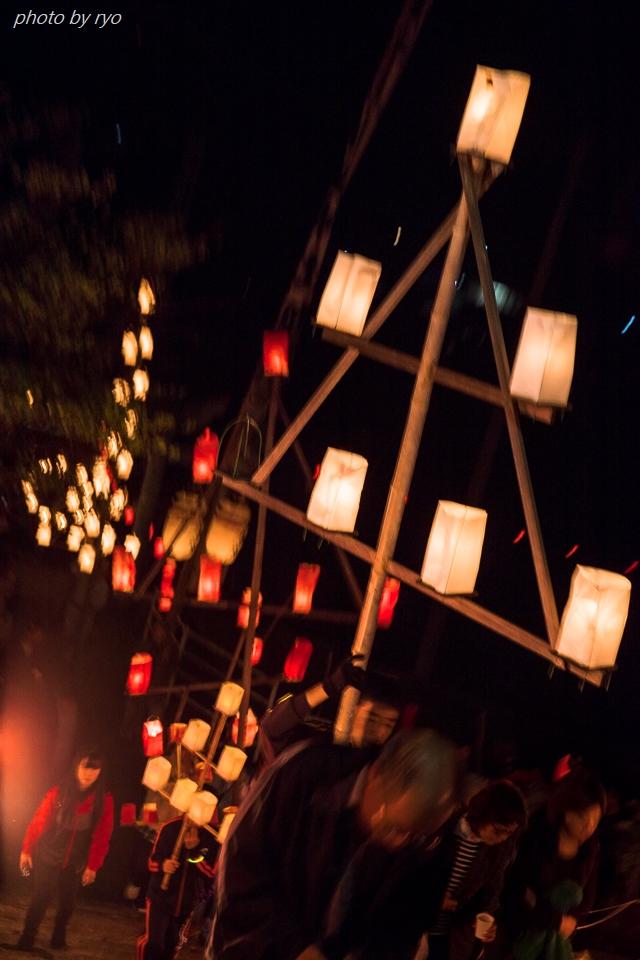 上津田稲生神社の神殿入 2017_5