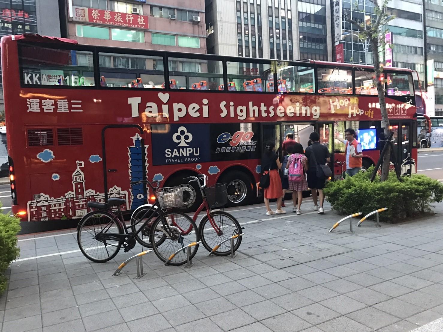 open top bus in taiwan