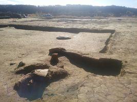 【写真】竪穴式住居のかまどの跡