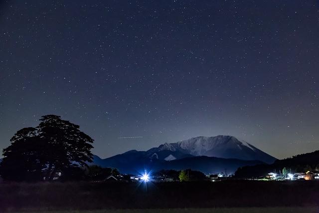 大山 夜空 夜景 撮影
