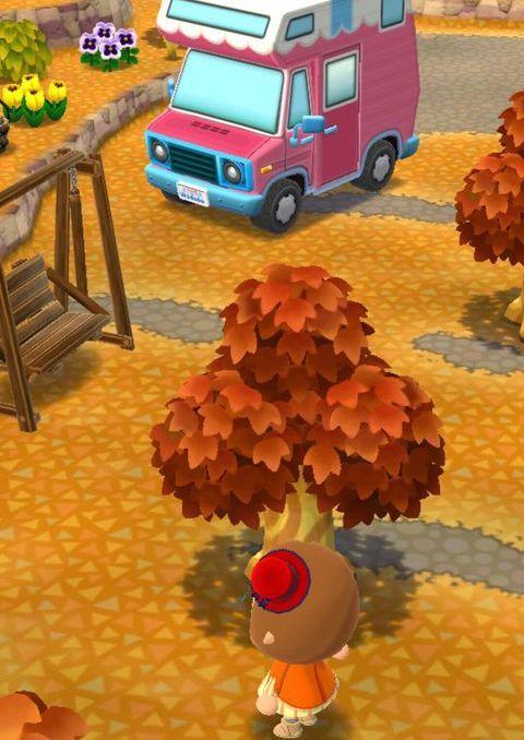 揺らすとベルが落ちる木