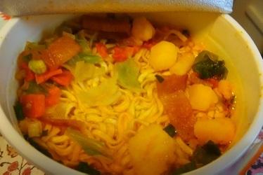 カップ麺3