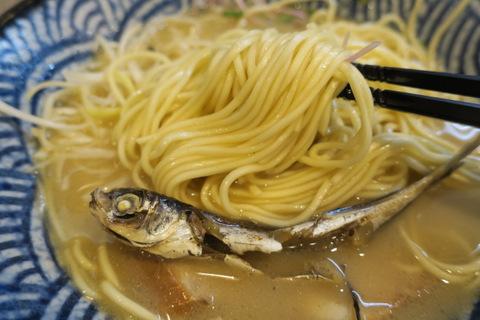 隠岐の島ラーメン(麺)