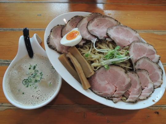 スーパーつけ麺(特大)+チャーシュートッピング