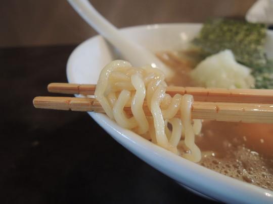しょうゆの麺