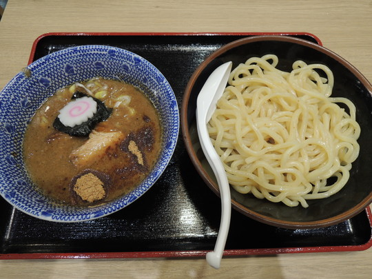 濃厚豚骨魚介つけ麺(並)(788円)