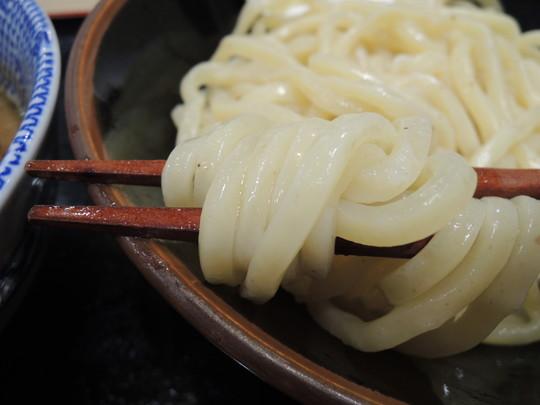 濃厚豚骨魚介つけ麺(並)の麺