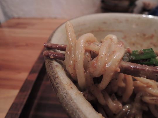 まぜ麺(並盛)の麺