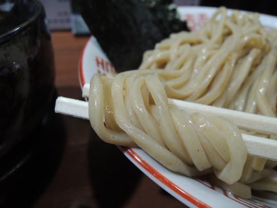 中華ソバ伊吹感謝濃厚煮干しつけ麺(大)の麺