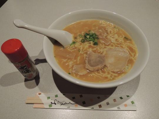味噌ラーメン(594円)