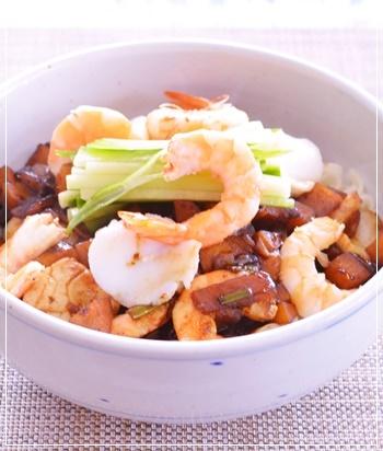 海鮮ジャジャー麵