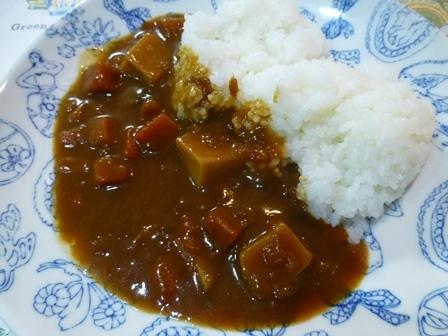 100kcal北海道野菜のビーフカレー4