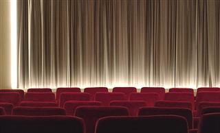 """お前ら映画館で""""どの辺""""に座るの?"""
