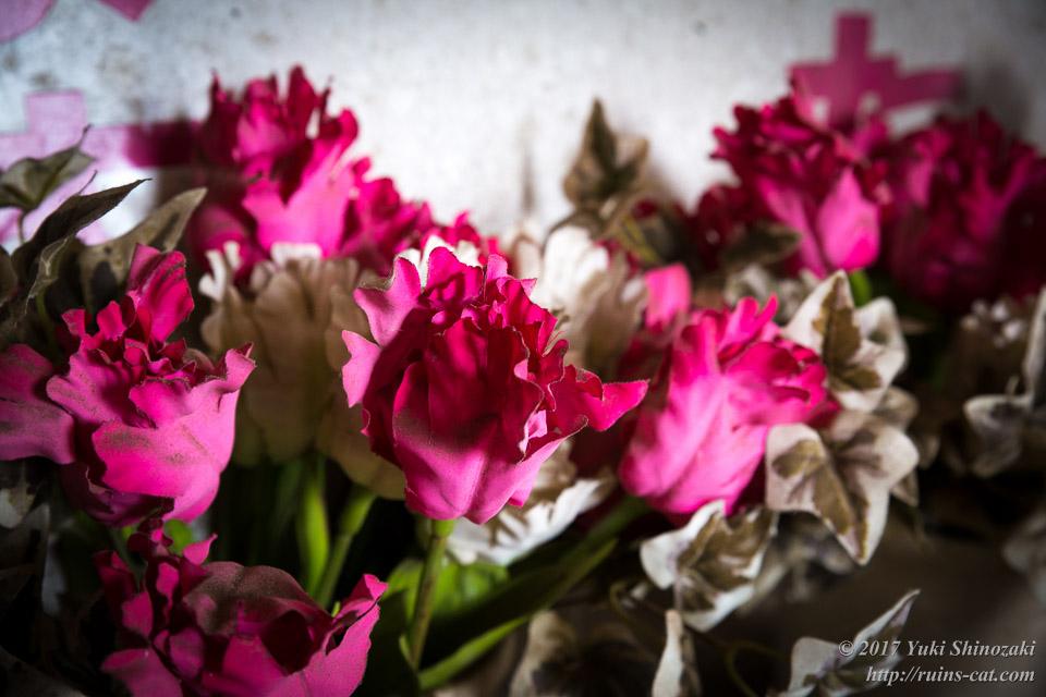 色褪せることのない偽りの花