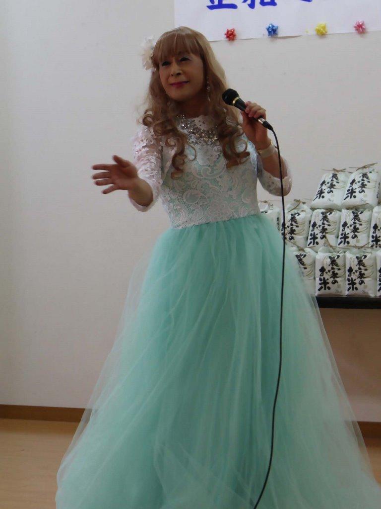 薄緑ドレス舞台(3)