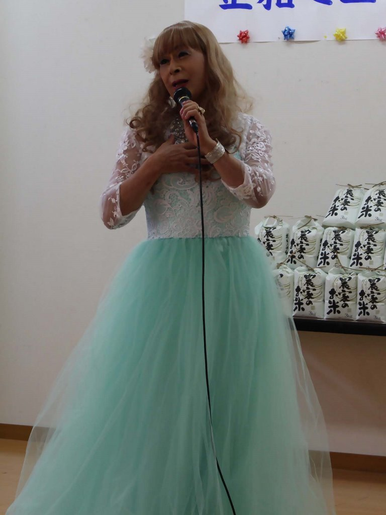 薄緑ドレス舞台(6)