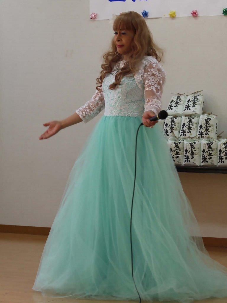 薄緑ドレス舞台(1)