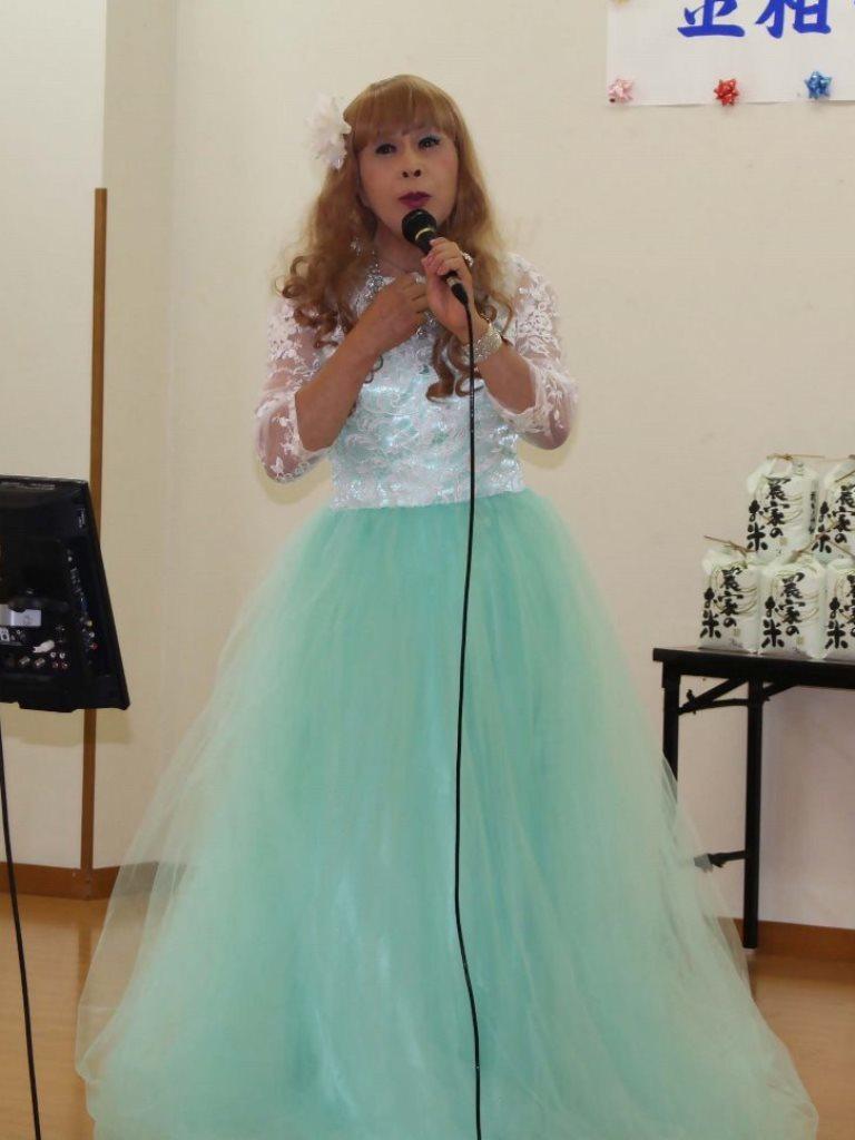 薄緑ドレス舞台(8)