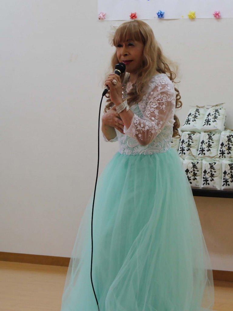 薄緑ドレス舞台(9)