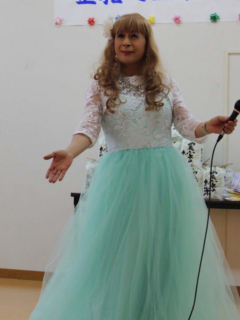 薄緑ドレス舞台(10)