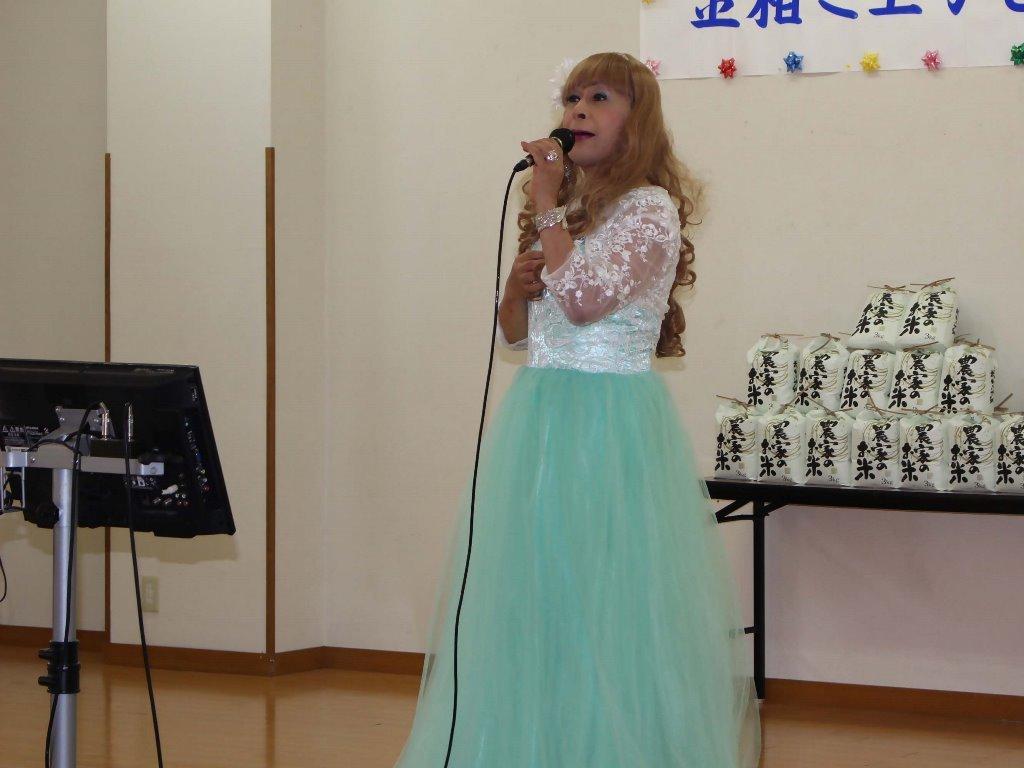 薄緑ドレス舞台(12)