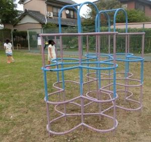 中学校東遊園地2